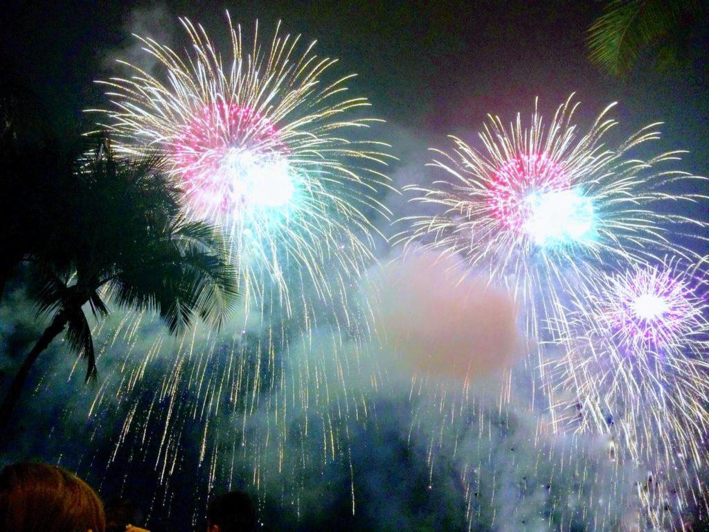 ハワイで花火 ホノルルフェスティバル 2017