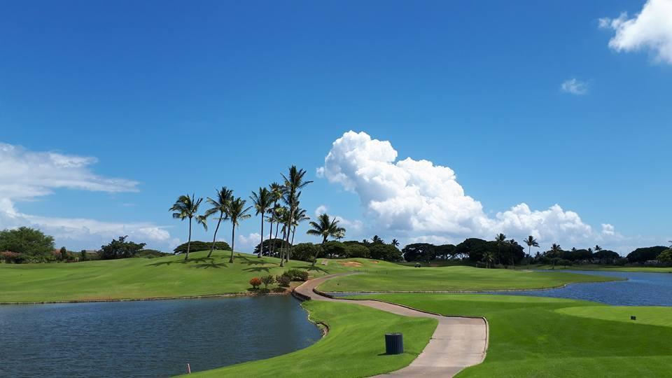 ハワイ人気ゴルフ場のカポレイでトワイライトプレイ