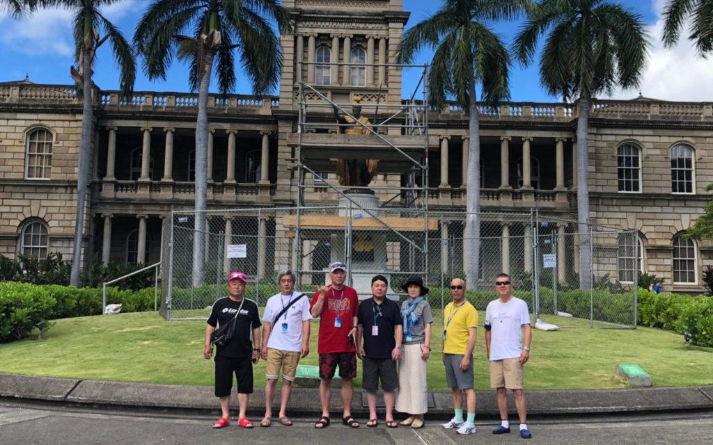 還暦のお祝いに8時間チャーターの同窓ハワイ旅行