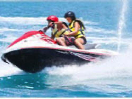 【スポーツアクティビティ】ジェットスキー&バナナボート&サンドバーウォーキングコース