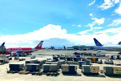空港送迎 航空機